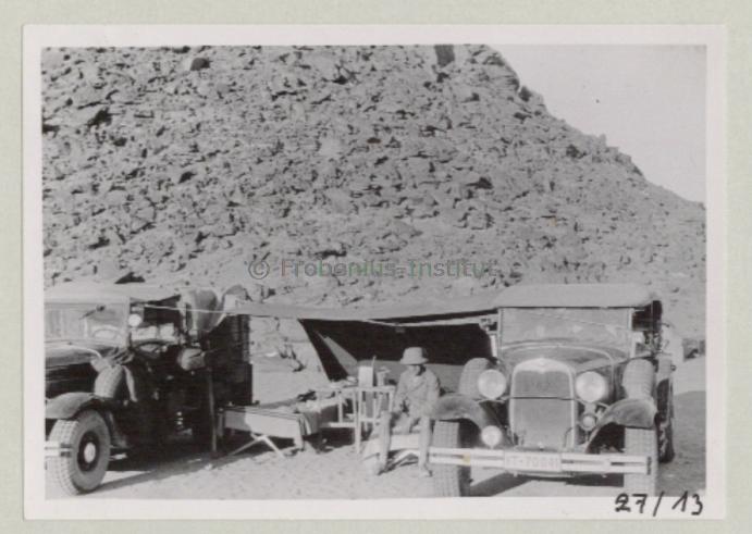1934 Ford A de l'expédition de Léo Frobénius Moyen-Orient et Sahara Bildar15
