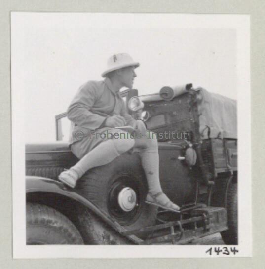 1934 Ford A de l'expédition de Léo Frobénius Moyen-Orient et Sahara Bildar16