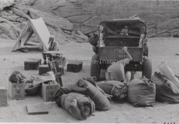 """Suite """"du patient anglais"""" aux maquettes de Ford A  Automne 1933 Expédition dans le Gilf Kébir (Désert libyque) Captur13"""
