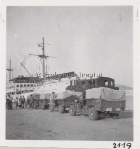 1934 Ford A de l'expédition de Léo Frobénius Moyen-Orient et Sahara Captur27