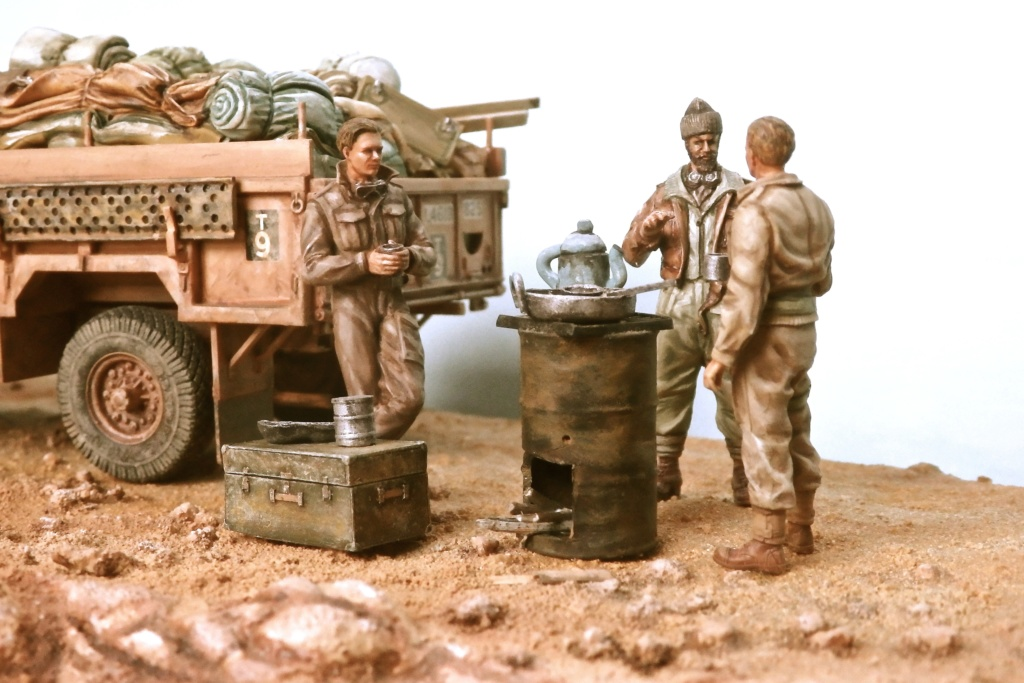 Lunch time Long Range Desert Group Désert libyque 1942 Pc160011