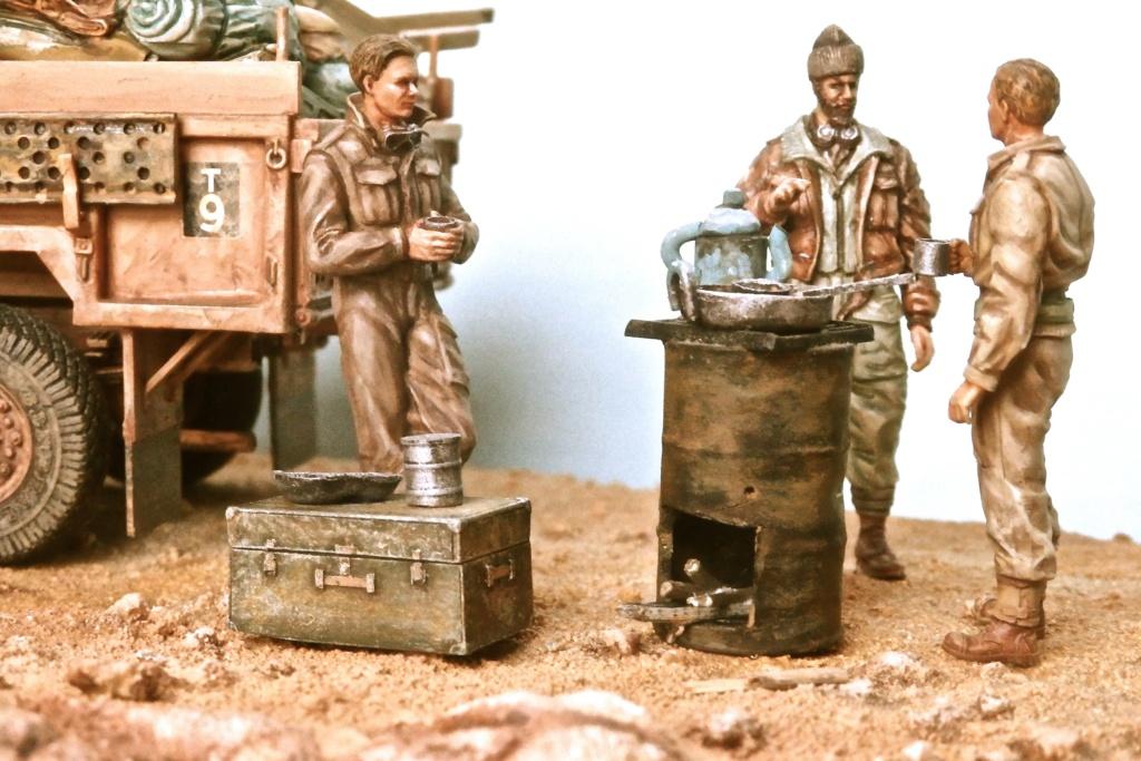 Lunch time Long Range Desert Group Désert libyque 1942 Pc160012