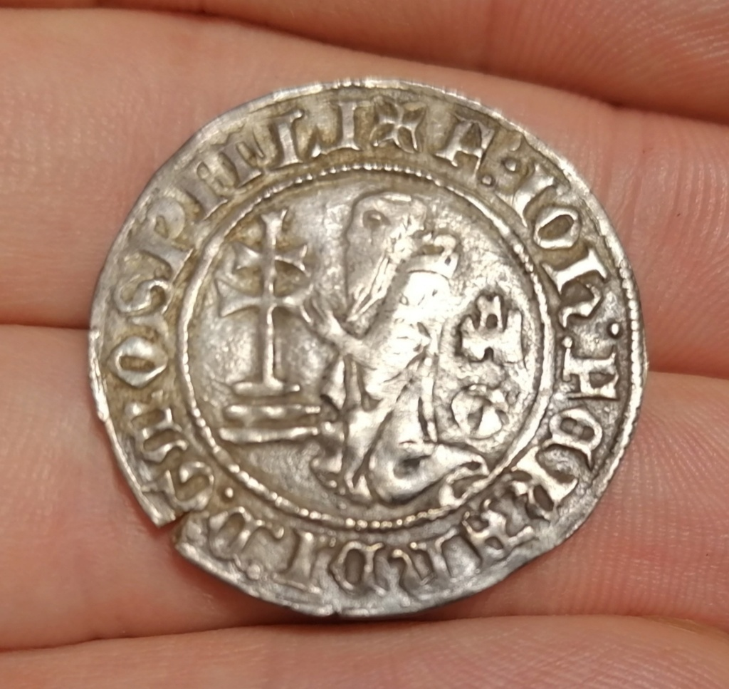 Gigliato de Frey Juan Fernández de Heredia (1376-1396) acuñado por la Orden de San Juan de Jerusalén, en Rodas.  Img_2241