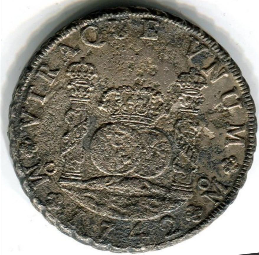 Ayuda. Me planteo adquirir un 8 reales de Felipe V de 1742 (naufragio).  Screen42