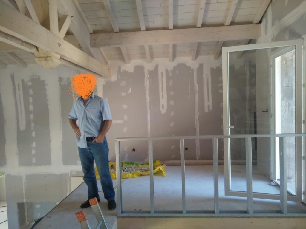 quel(s) mur(s) ou partie(s)s de mur peindre dans ma pièce à vivre? Img_2012