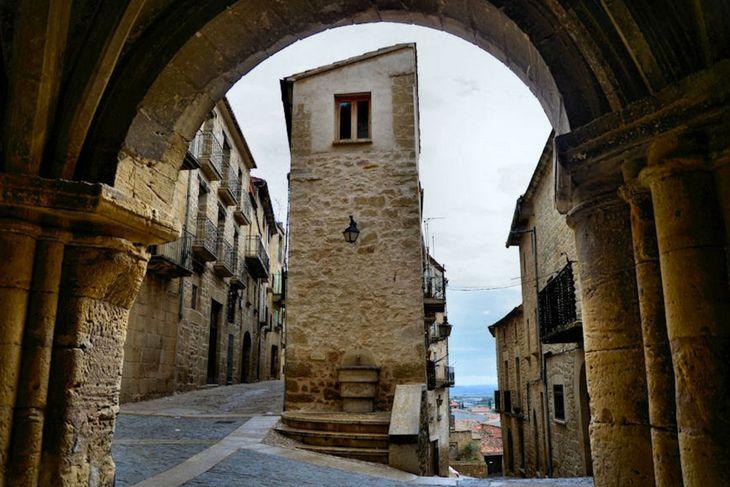 Pueblos de España que merecen ser visitados - Página 4 Calace10