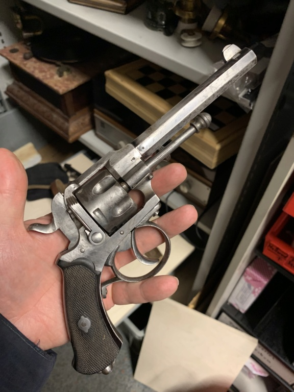 Identification revolver  39b6c710