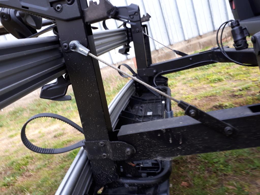 Porte vélos sur boule d'attelage XLC AZURA XTRA LED 20181214