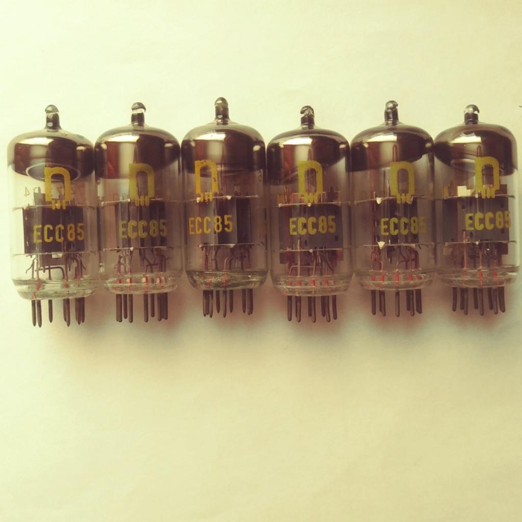 Продам ЕСС-85 ; РСС-85 . (RFT, TUNGSRAM) Zee-8510