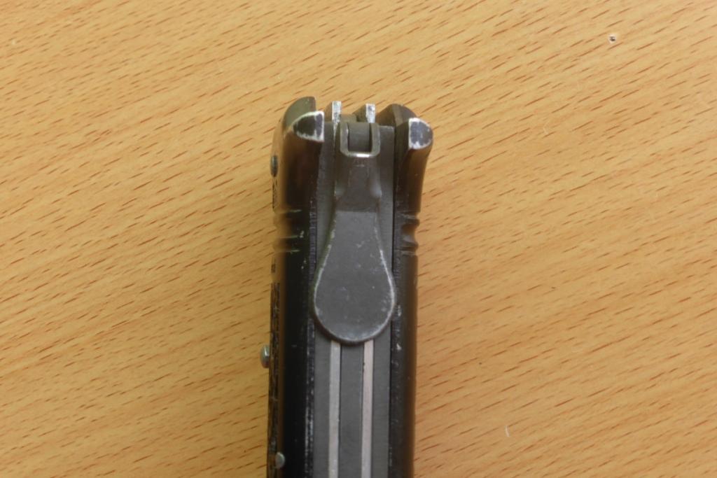 couteau des commandos de l'air Coutea16