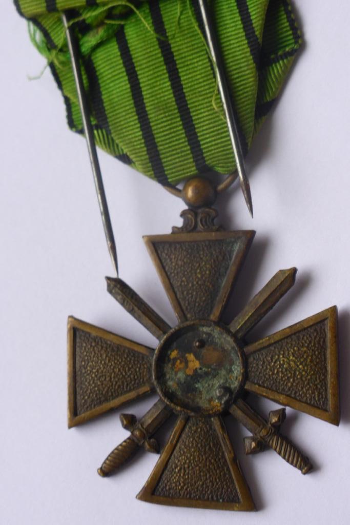 Médaille militaire Francaise P1060234
