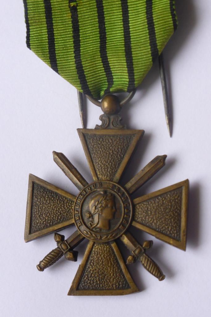 Médaille militaire Francaise P1060235
