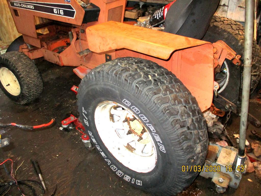 Allis Chalmers 616 basket case rebuild. Dodge_11
