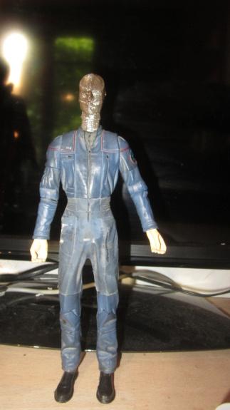 Service d'impression des personnages de Star Trek Online en 3D - Page 6 Img_8111