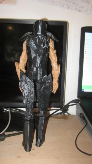Service d'impression des personnages de Star Trek Online en 3D - Page 6 Img_8123