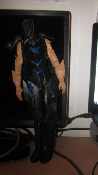Service d'impression des personnages de Star Trek Online en 3D - Page 6 Img_8160