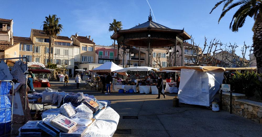 Ce matin au marché Marchz12