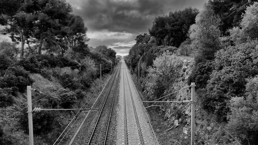 """Concours photo Juillet 2021: """"Parallèles ou à peu près""""  Rails-10"""