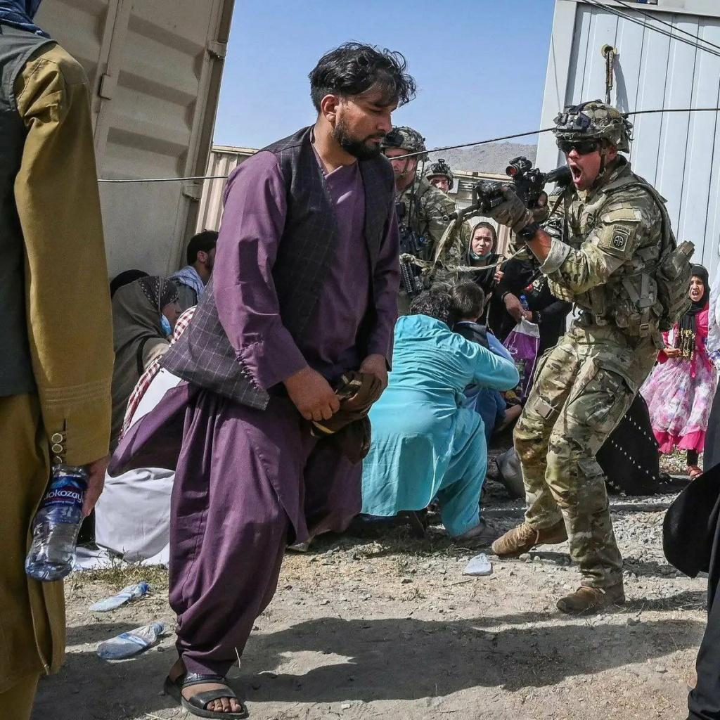 Taliban insurgency in Afghanistan - Page 22 E86lki10