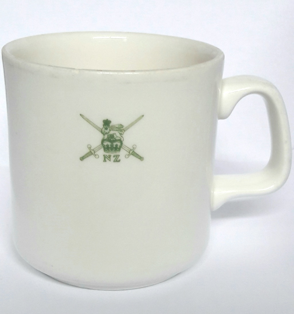 Can anyone shed light on this NZ Army badged mug? 20200615