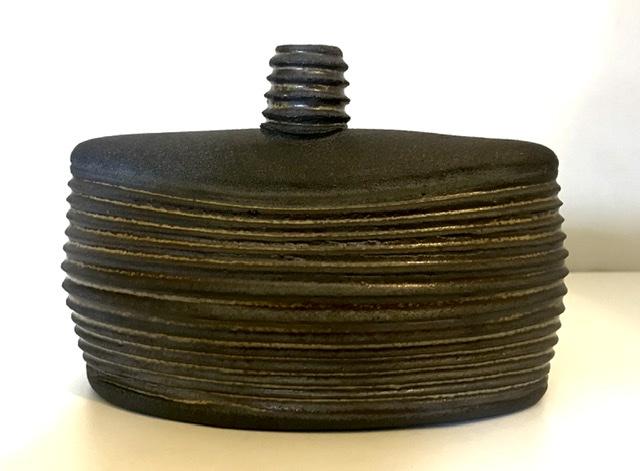 Studio pottery 58875110