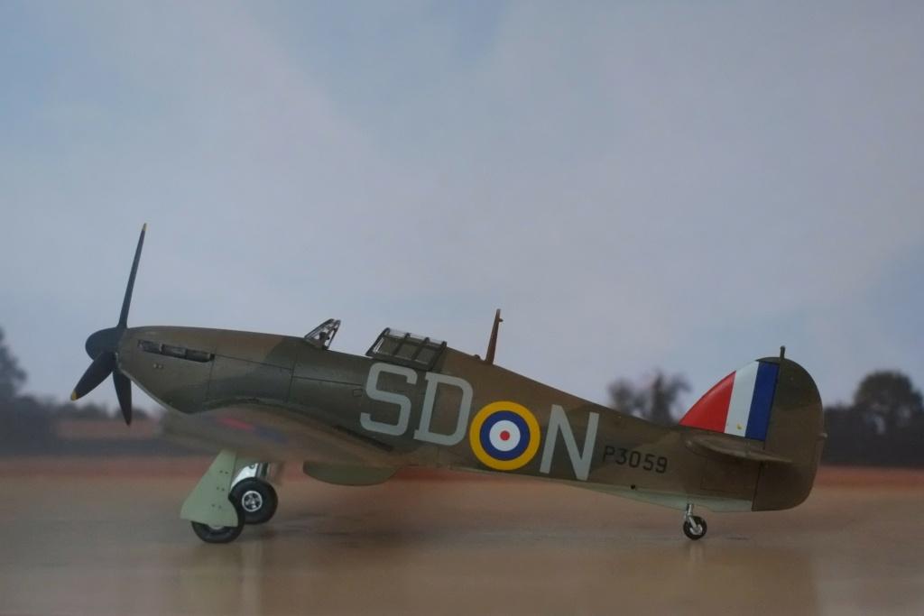 [ARMA HOBBY] Hurricane Mk.I   (revue de kit) Hawker19