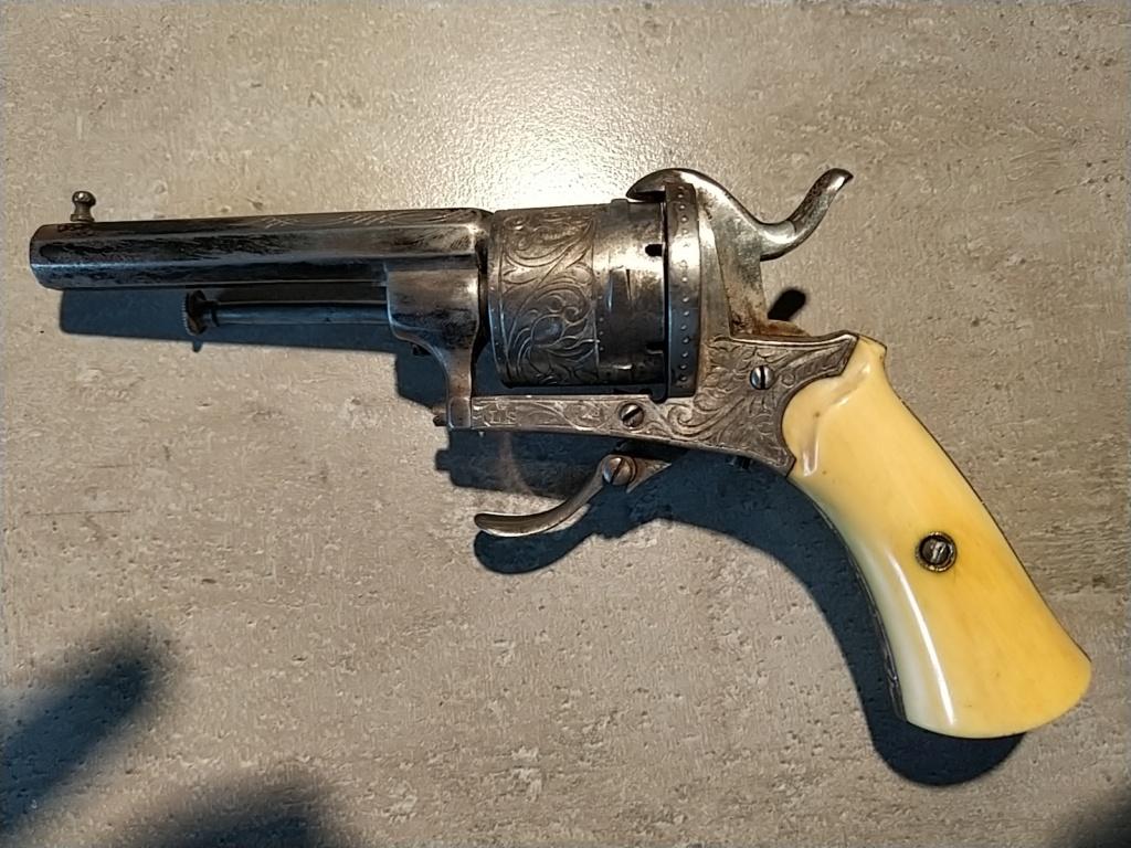 Besoin aide sur un pistolet  Img_2011