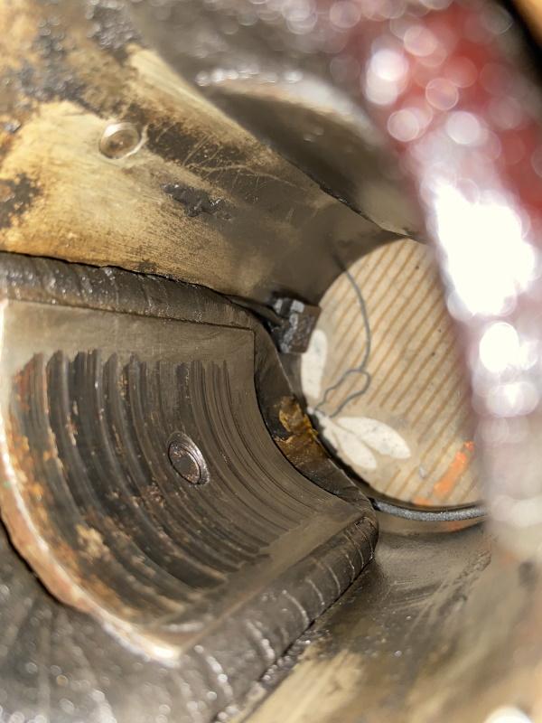 moteur - SOMECA SOM25E - Moteur et radiateur - Page 5 Img_1123