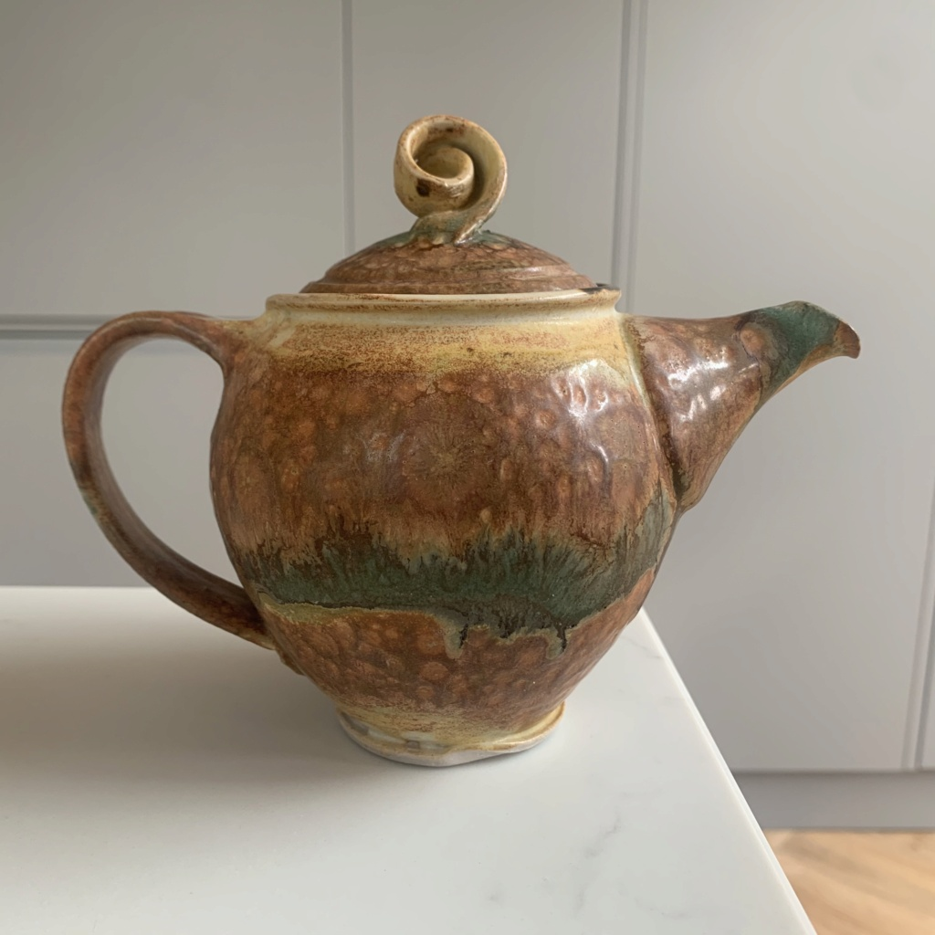 GW / CW? Signed Small Teapot ID Help Img_4310