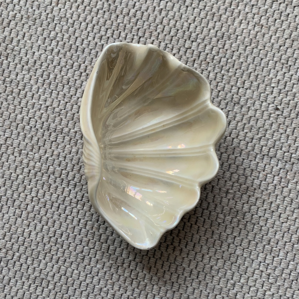 Lustre Shell Marked ITALY ID Help Img_4322