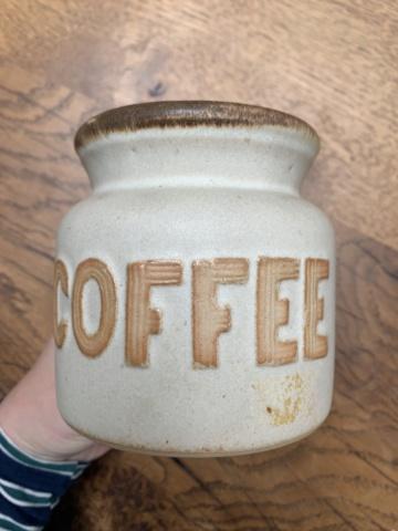 Signature ID Help, Ilfracombe Pottery Img_4416