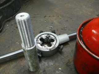 Réparation d'un filetage de manivelle 14x125 Repara12