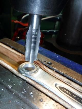 Réparation d'un filetage de manivelle 14x125 Repara27