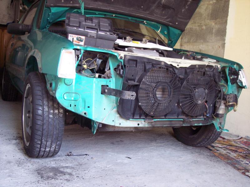 [85] 205 GTi Griffe - 130cv - AM91 - Vert Fluorite - N°1259/1652 - Page 3 100_4418