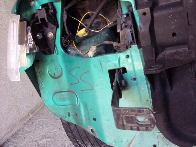 [85] 205 GTi Griffe - 130cv - AM91 - Vert Fluorite - N°1259/1652 - Page 3 100_4419