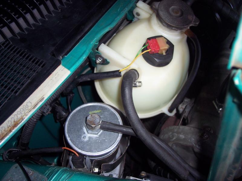 [85] 205 GTi Griffe - 130cv - AM91 - Vert Fluorite - N°1259/1652 - Page 6 100_5719