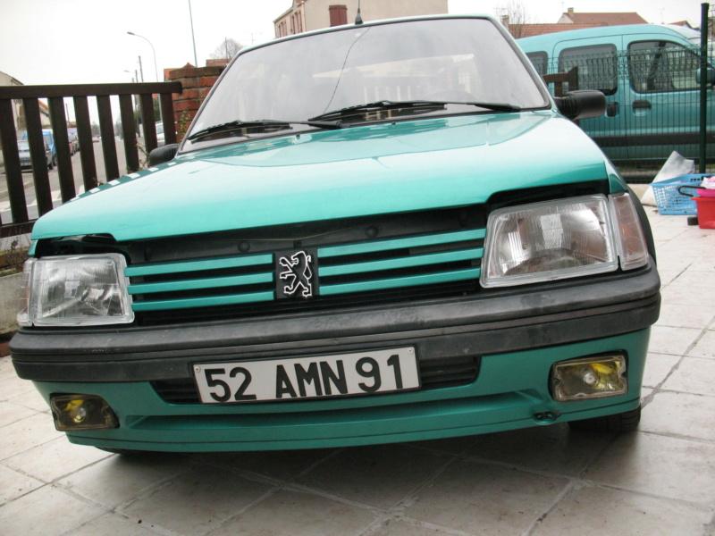 [85] 205 GTi Griffe - 130cv - AM91 - Vert Fluorite - N°1259/1652 43510