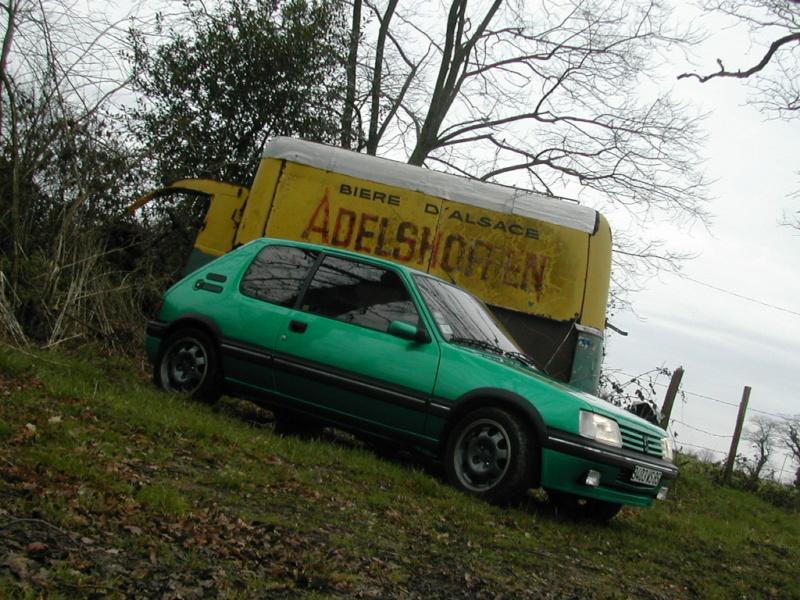 [85] 205 GTi Griffe - 130cv - AM91 - Vert Fluorite - N°0688/1652 Dscn0018
