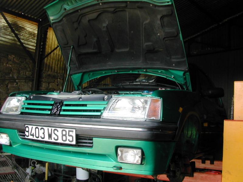 [85] 205 GTi Griffe - 130cv - AM91 - Vert Fluorite - N°0688/1652 - Page 2 Dscn0027