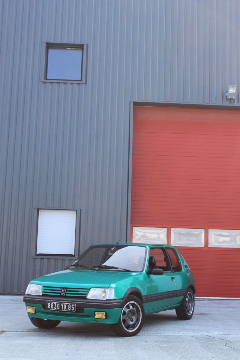 [85] 205 GTi Griffe - 130cv - AM91 - Vert Fluorite - N°1259/1652 - Page 7 Img_1111