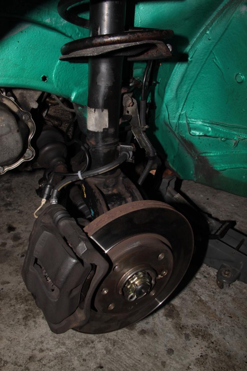 [85] 205 GTi Griffe - 130cv - AM91 - Vert Fluorite - N°1259/1652 - Page 8 Img_2115