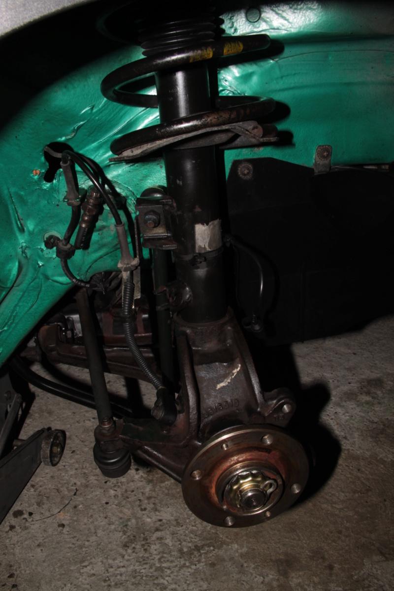 [85] 205 GTi Griffe - 130cv - AM91 - Vert Fluorite - N°1259/1652 - Page 8 Img_2211
