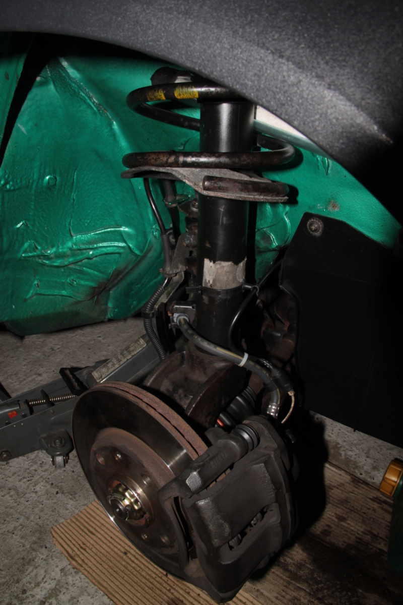 [85] 205 GTi Griffe - 130cv - AM91 - Vert Fluorite - N°1259/1652 - Page 8 Img_2212