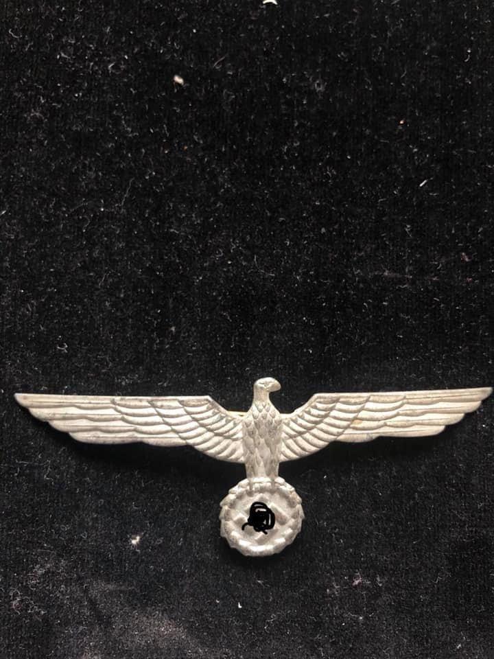 Plusieurs insignes allemand.  Image213