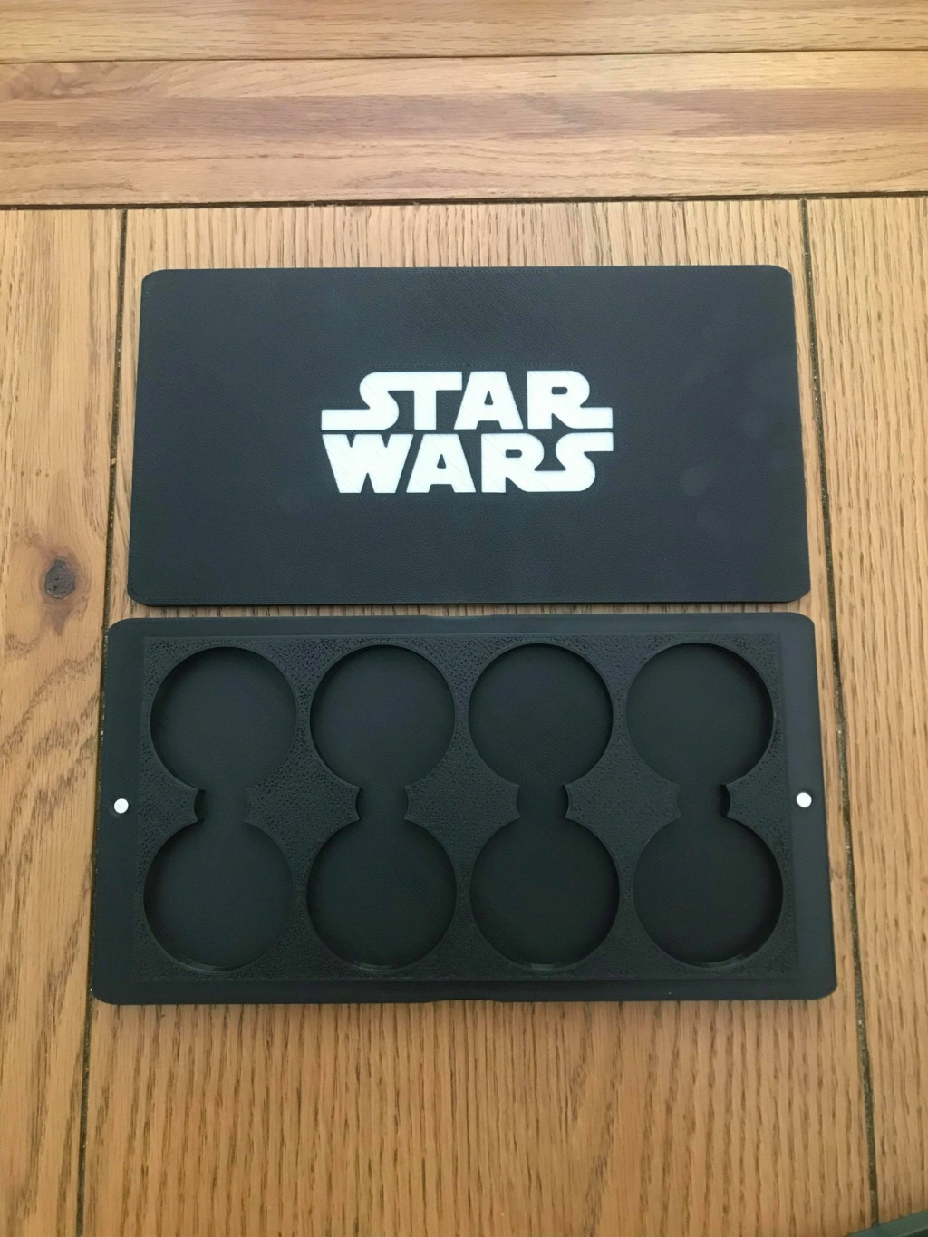 Custom boxes for the Forum 0410