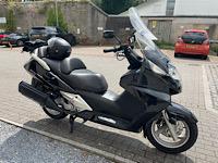 Hi from new Sw UK owner, 2012 Black Swing E08d8710