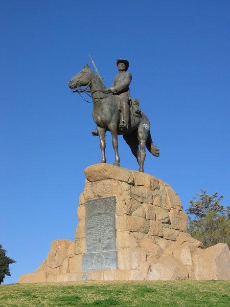 Particularité des Statue équestre 0_pate10