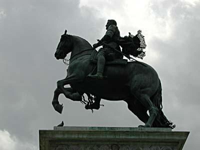 Particularité des Statue équestre 2_pate10