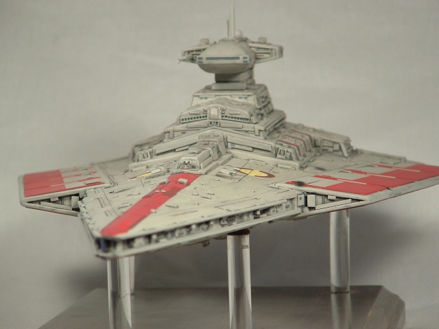 REPUBLIC STARDESTROYER REVELL - MONTAGE & ECLAIRAGE View10