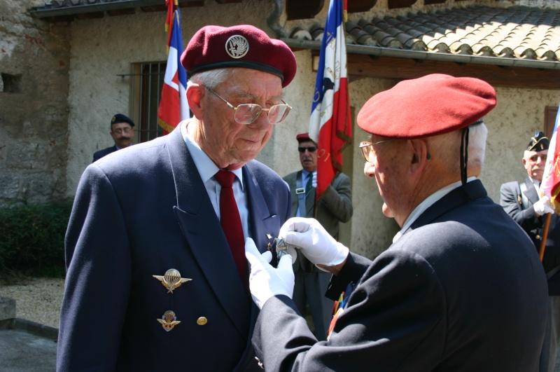 La FRANCE n'oublie pas ses valeureux soldats J_poly10